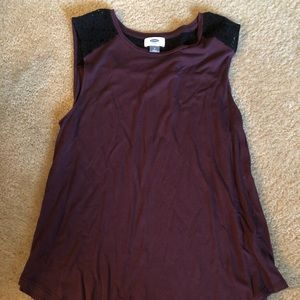 Old Navy maroon and black tank size M